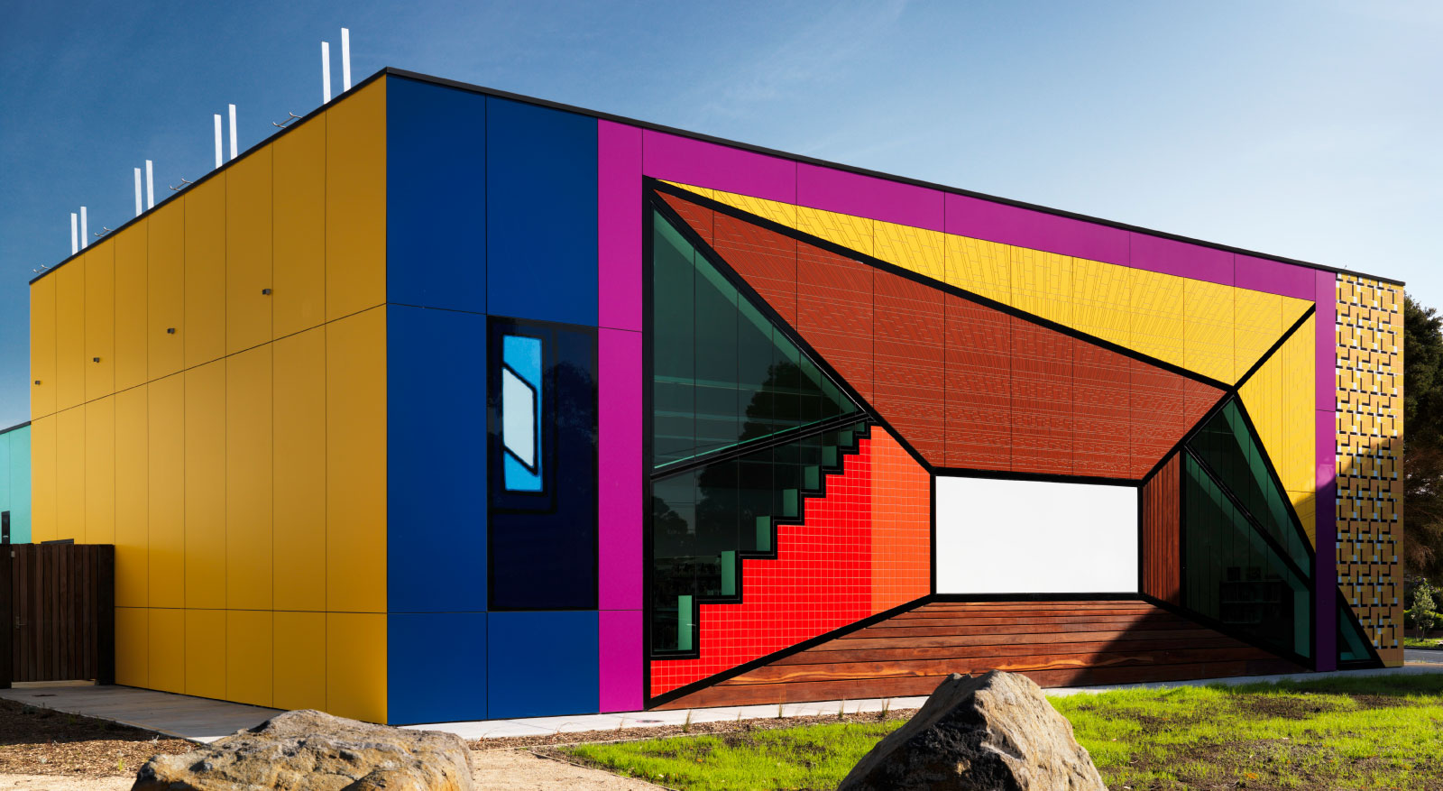 H2o Architects Melbourne-Avondale Heights Library and Learning Centre-01