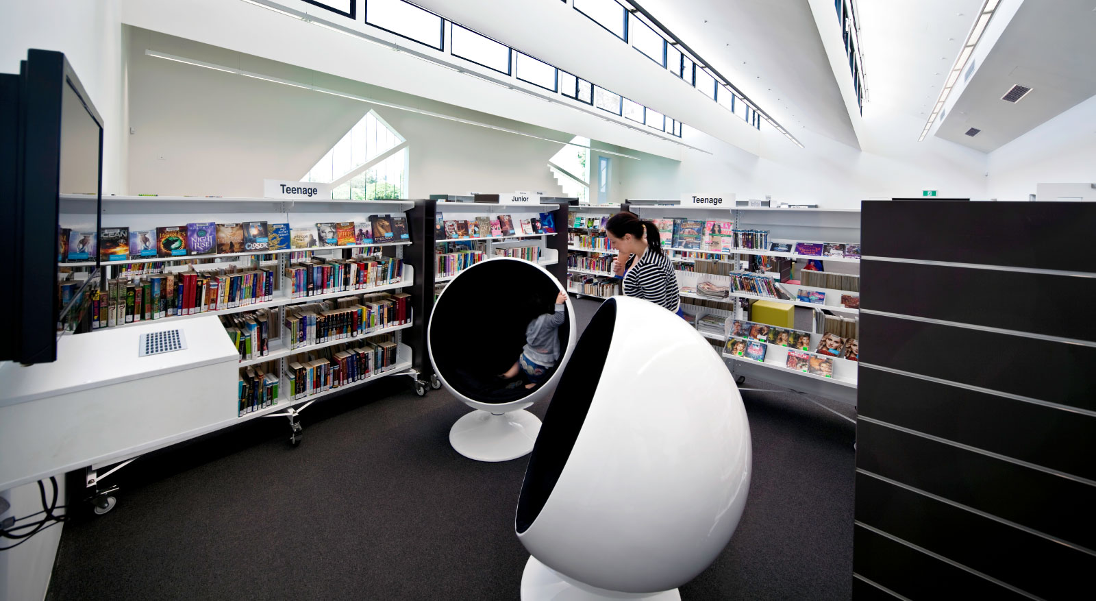 H2o Architects Melbourne-Avondale Heights Library and Learning Centre-03