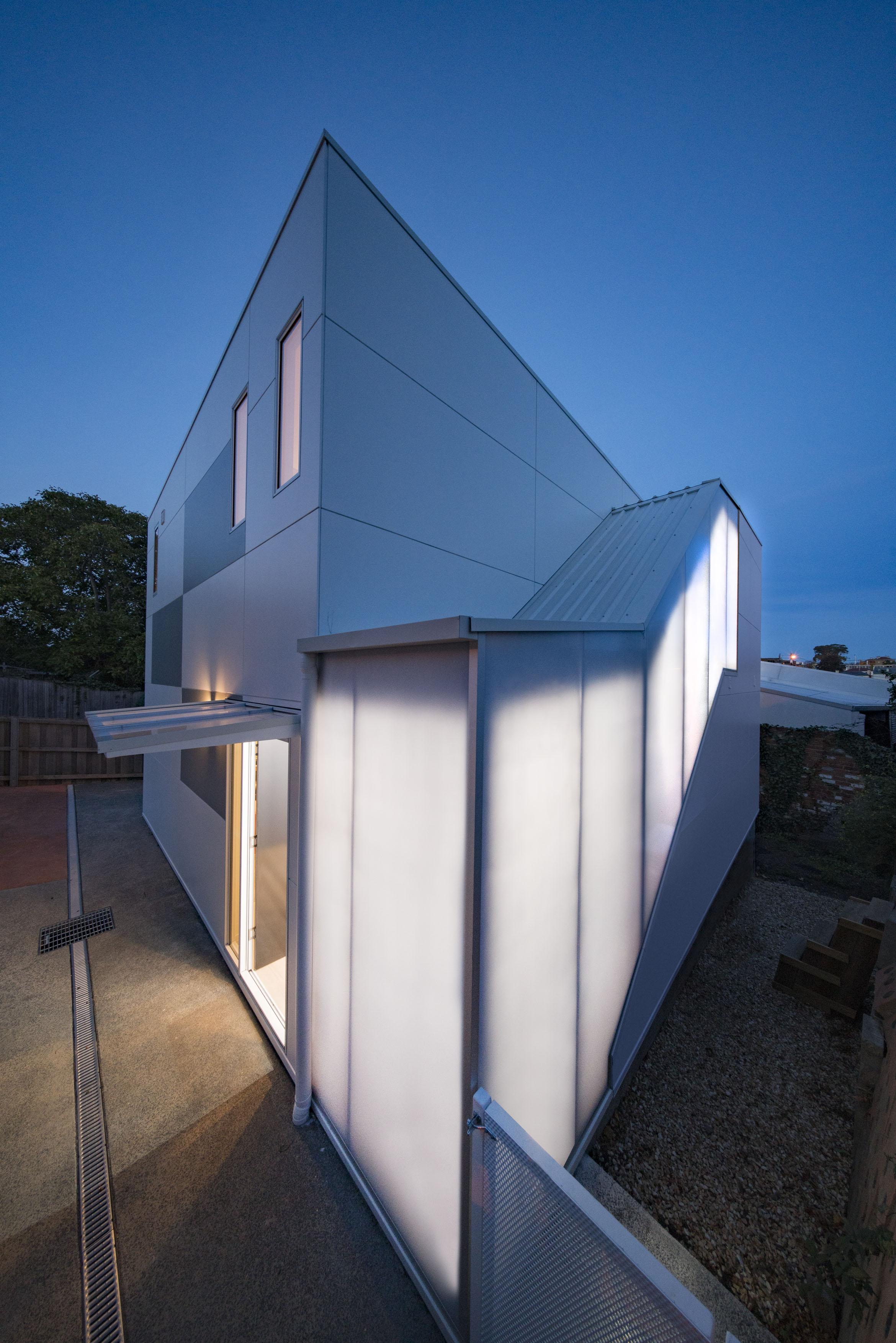 H2O-Architects-Melbourne-Australia-Whitton House-07.jpg